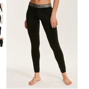 Calvin Klein Customized Stretch Leggings